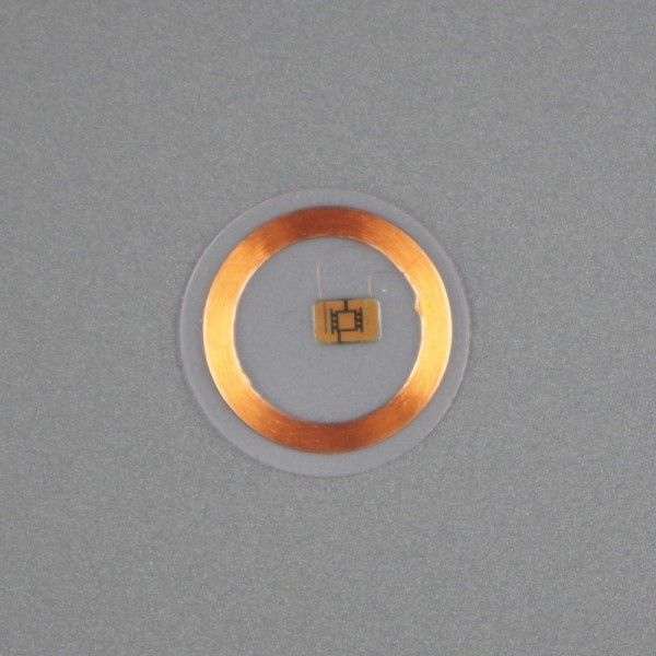 RFID clear disc tag